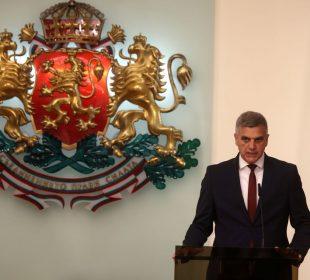 служебният премиер Стефан Янев